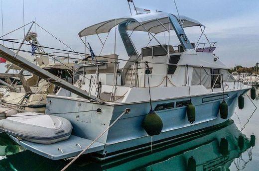 1990 Ocean Alexander 42 Cockpit