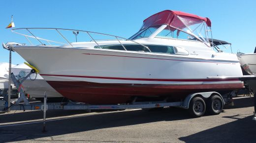 2001 Chris-Craft 26 Constellation with Trailer