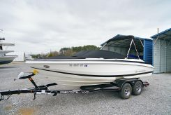 2008 Regal 20' Bowrider