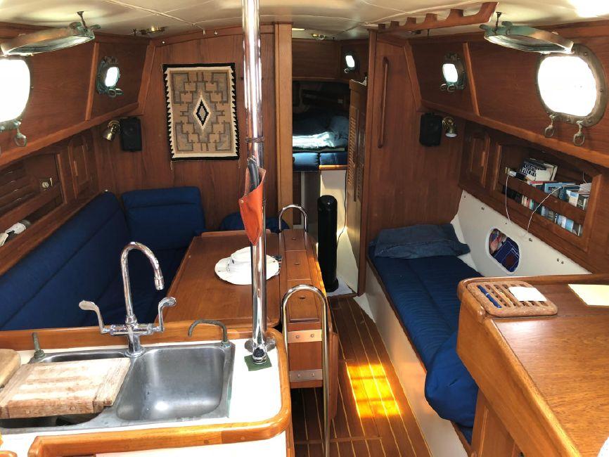 Pacific Seacraft 34 Interior Salon