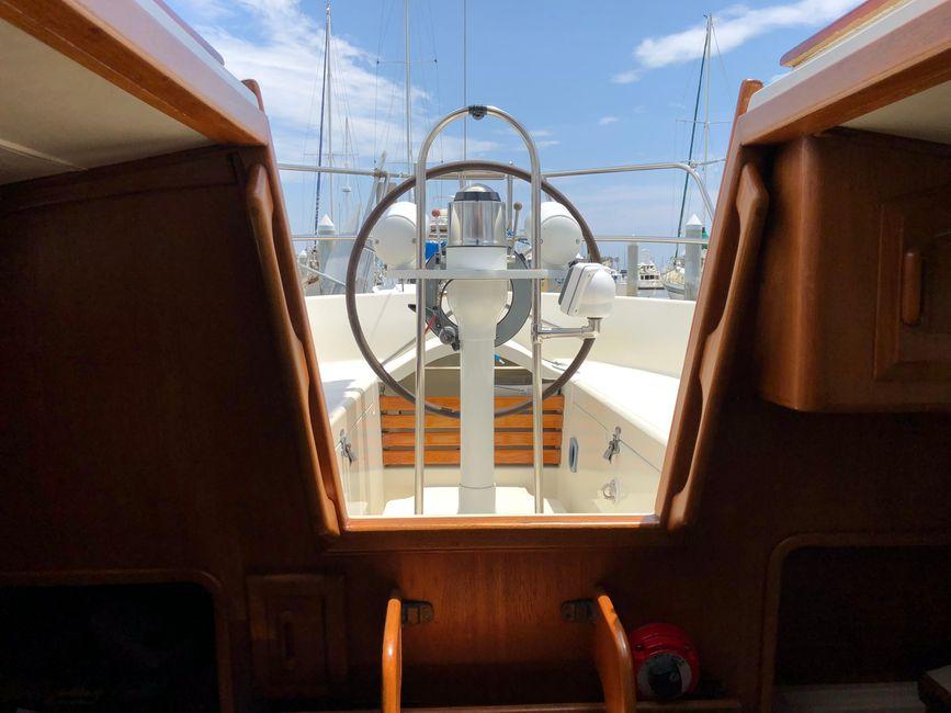 Pacific Seacraft 34 Cockpit Entrance