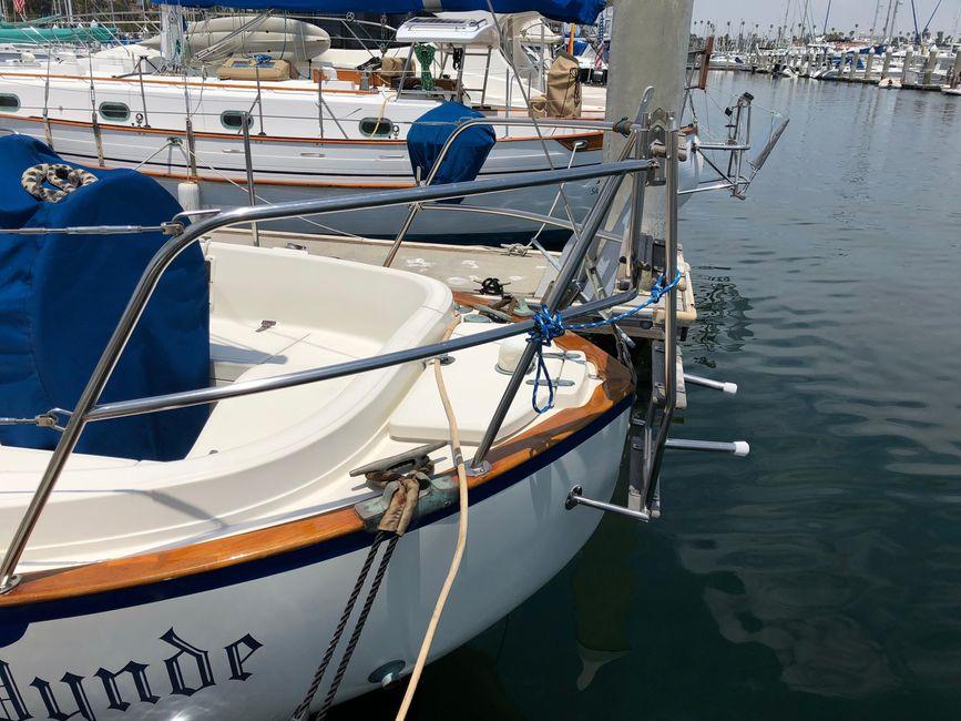 Pacific Seacraft 34 Canoe Stern