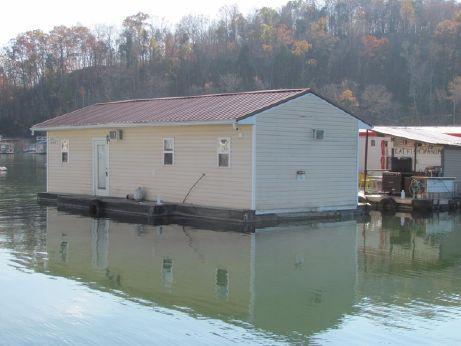 2011 Custom 14 x 40 Floating Cottage