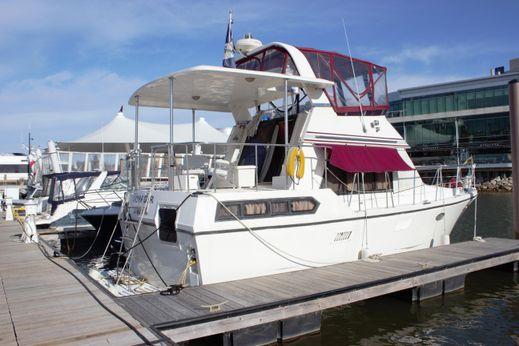 1991 Marine Trader 35 Sundeck Trawler
