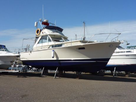 1969 Chris-Craft 38 Commander
