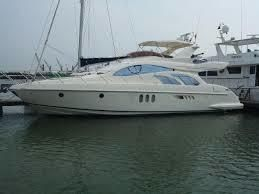 2005 Azimut 55 Fly Bridge