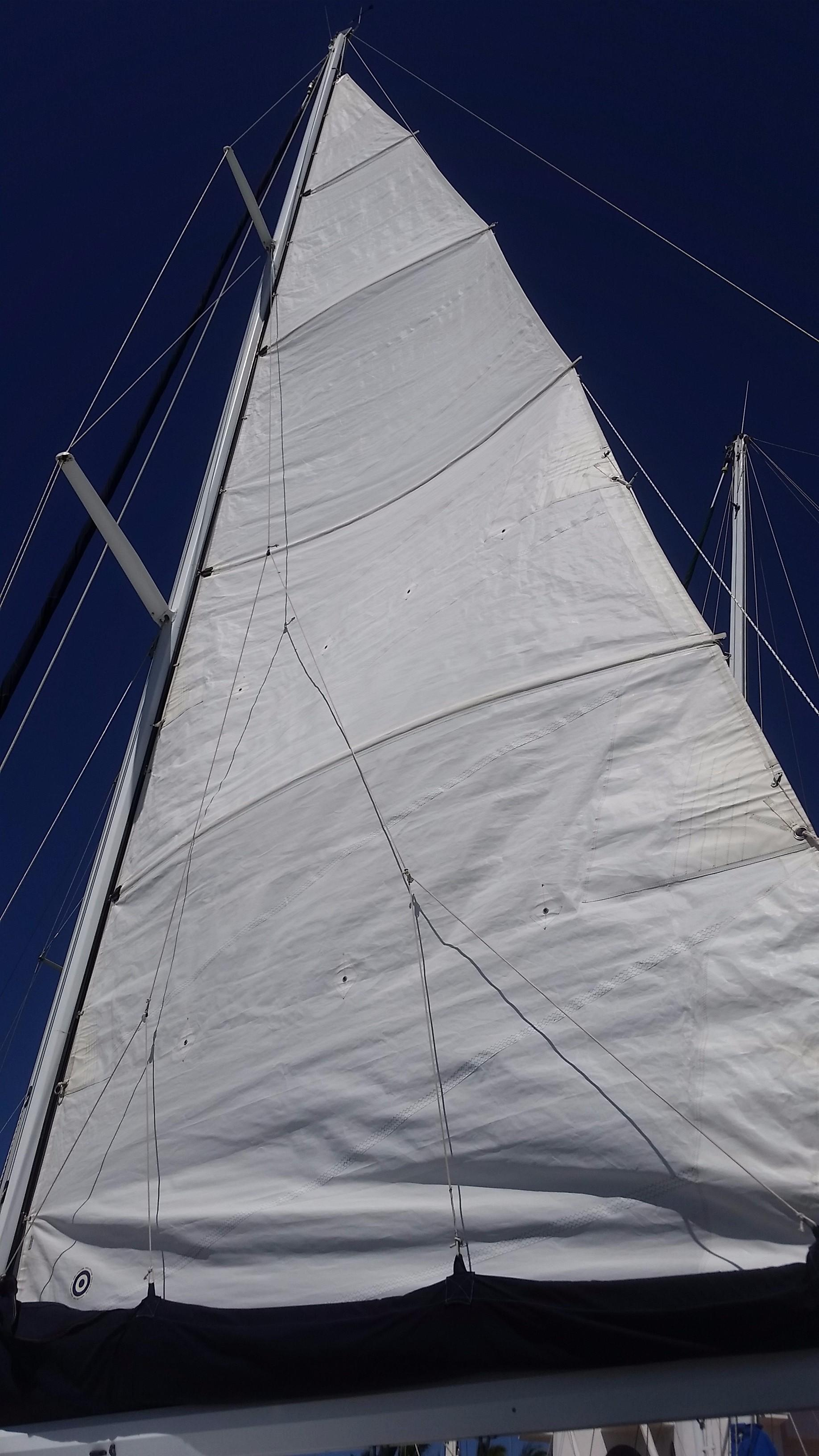 42' Catalina MKI 42-3+Photo 6