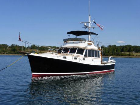 1991 Peter Kass John's Bay Boat Co. 41' Downeast Flybridge Cruiser