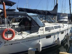 photo of  33' Hunter 33.5