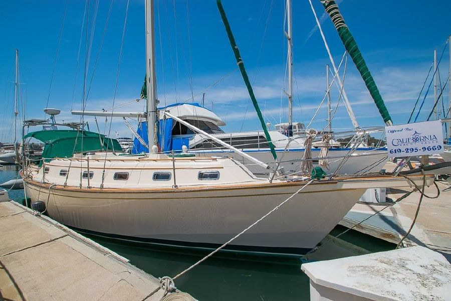 Island Packet 40 Sailboat for sale in San Diego
