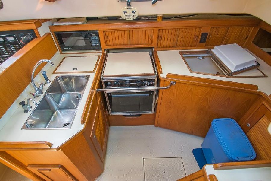 Island Packet 40 Galley