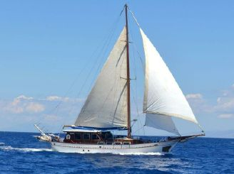 1984 Traditional Wooden Sloop 72ft.