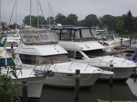 1996 Carver Yachts 355 Aft Cabin