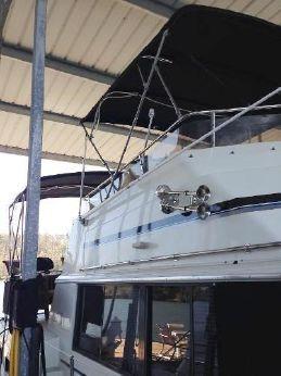 1983 Carver Motor Yacht