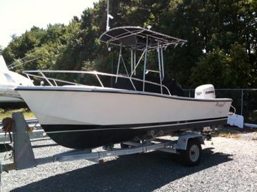 1984 Rampage,  Seacraft Or Mako 18 Center Console