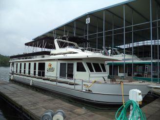2005 Legacy 75 Lake Yacht