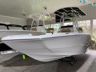 2020 Nauticstar 231 Hybrid