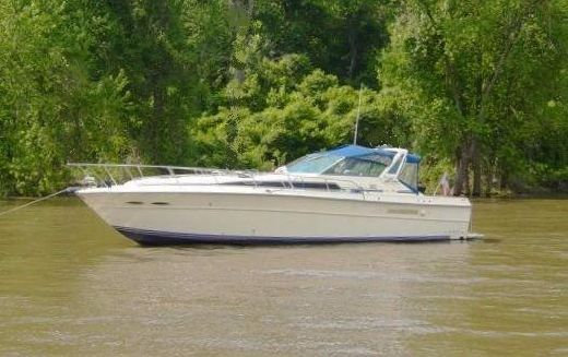 1986 Sea Ray 390 Express Cruiser