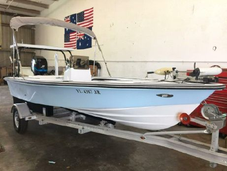 1997 Maverick 17 Master Angler Center Console