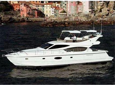 2008 Ferretti Yachts 551