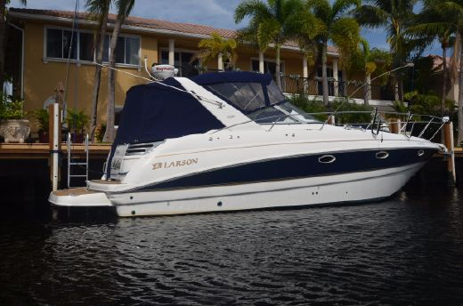 2001 Larson 330 CABRIO