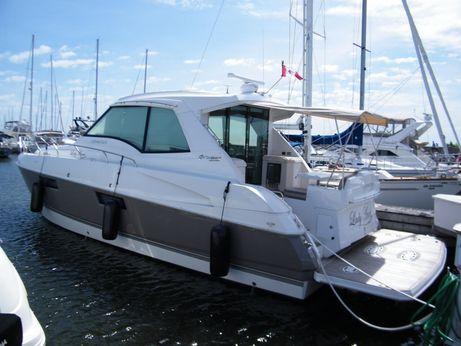 2011 Cruisers Yachts Cantius 48