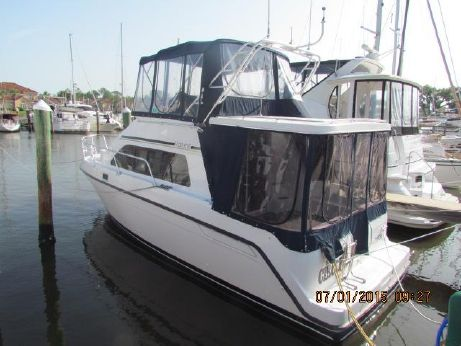 1997 Mainship 31 FT Sedan Bridge Hard Top