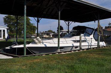 1991 Cruisers 3270 Esprit