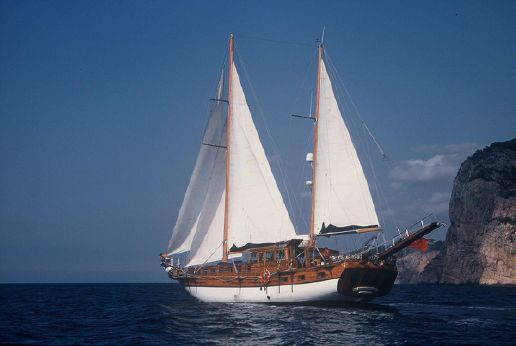 1989 Classic Wheelhouse Ketch