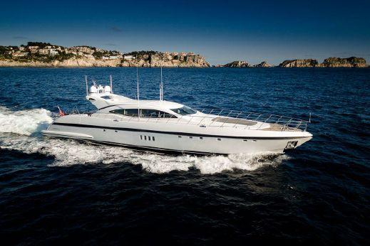 2013 Overmarine Mangusta 108