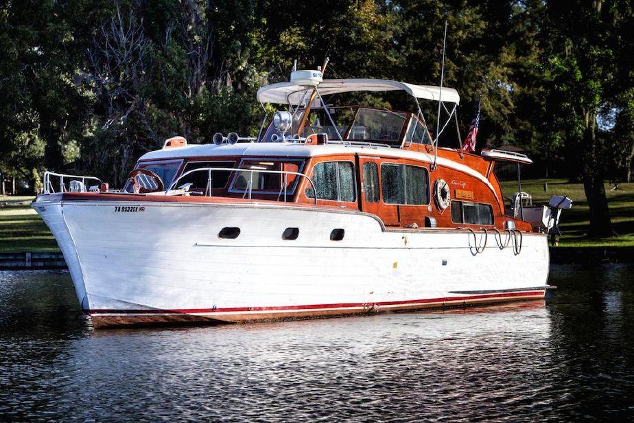1953 Chris Craft Flybridge Motor Yacht Power Boat For Sale