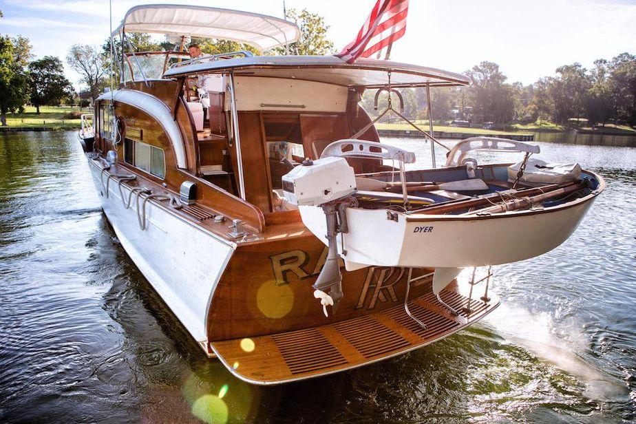 1953 Chris-Craft Flybridge Motor Yacht Power Boat For Sale