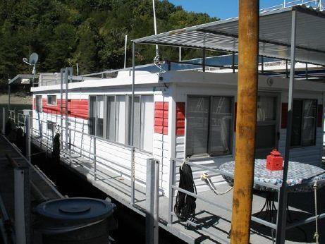 1985 Stevens 16 x 50 Houseboat