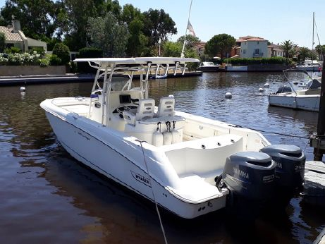 2006 Boston Whaler Outrage 320 Cuddy Cabin