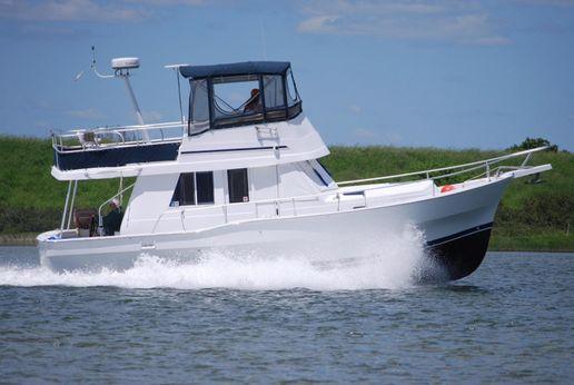 1998 Mainship 390