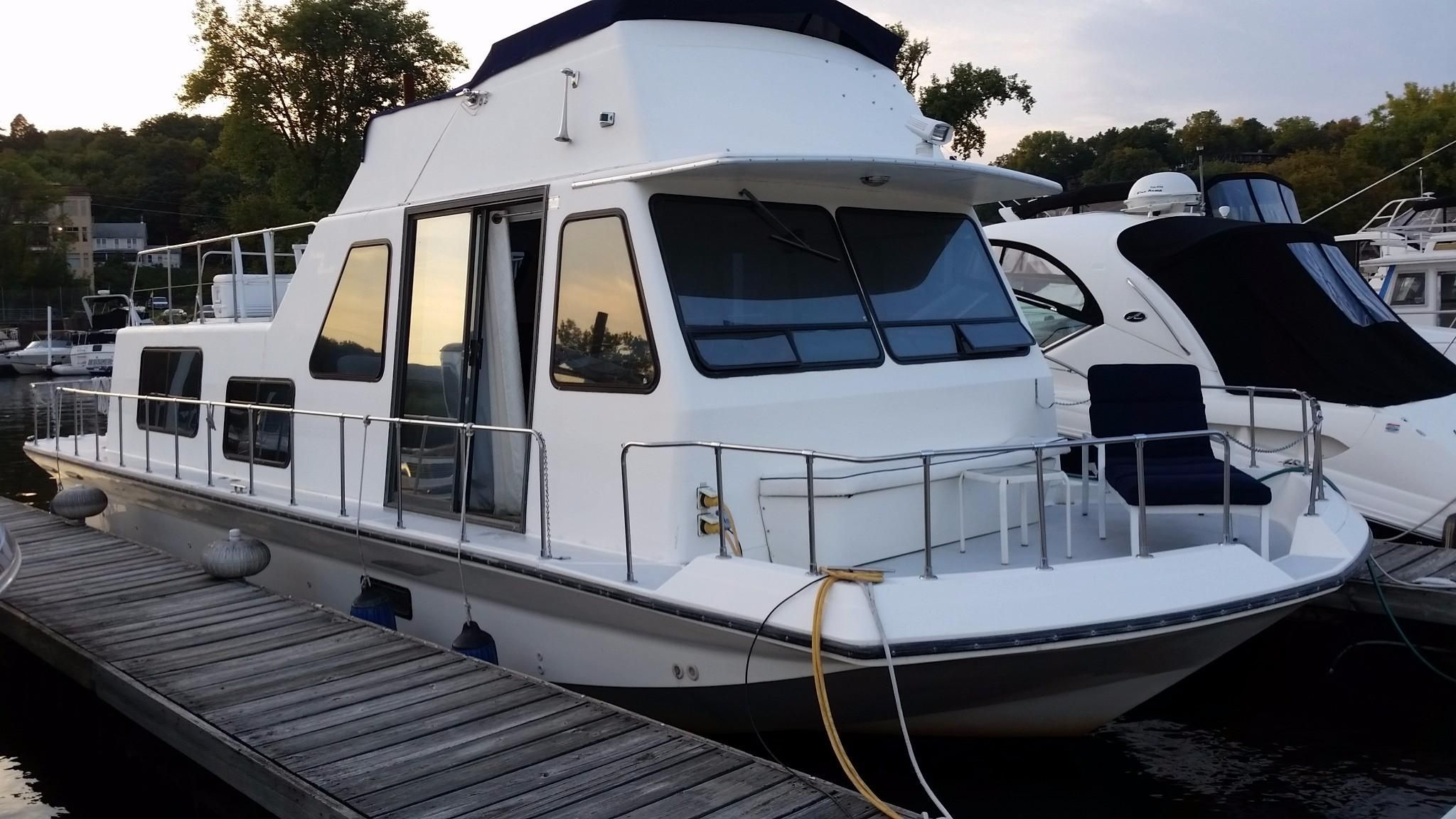 Volvos For Sale >> 1993 Holiday Mansion Houseboat Power Boat For Sale - www ...