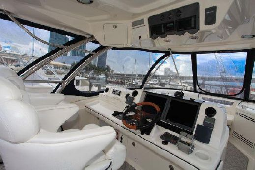 2006 Sea Ray 58 Sedan Bridge