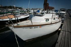 1987 Cape Dory 26 sloop