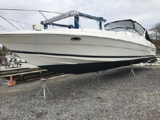 2000 Wellcraft 45 Excalibur
