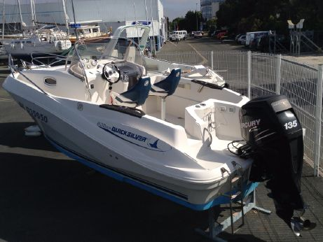 2006 Quicksilver 635 Commander WA