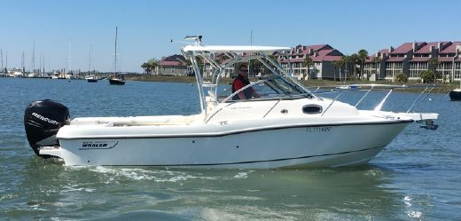 2007 Boston Whaler 235 Conquest
