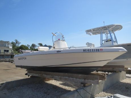 2005 Sea Fox 187 Center Console