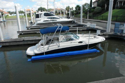 2008 Sea Ray Sundeck 240