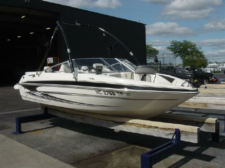 2009 Glastron GT 185 Ski & Fish