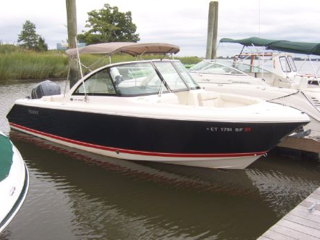 2012 Pursuit 265 DC