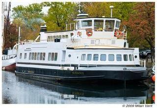 2008 Live Aboard Live aboard, restaurant