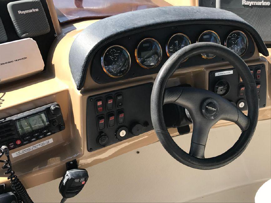 photo of Carver 420 Mariner