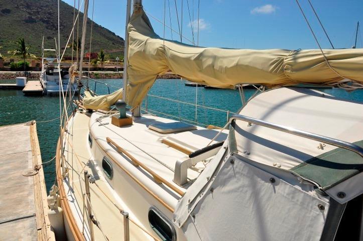 30' Cape Dory Cutter+Photo 17