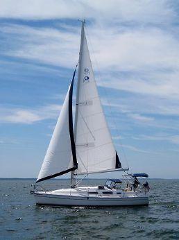 2004 Hunter 33 Sloop