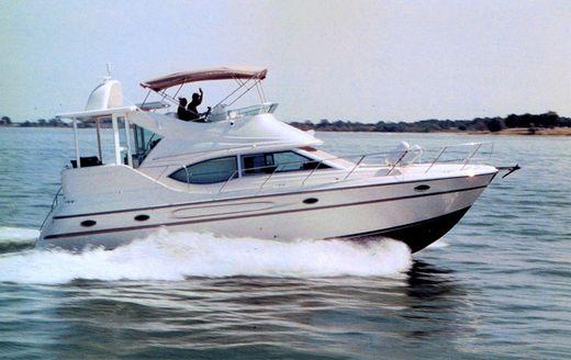 2000 Maxum 4100 SCA